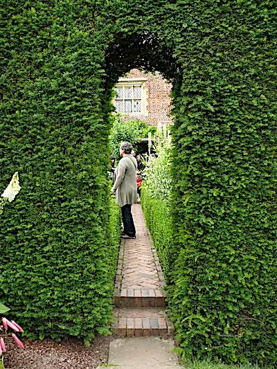 Yew portal